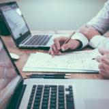 就活でコンサルに内定を貰うための戦略まとめ。企業の研究からフェルミ推定、ケース問題までの解き方一覧。